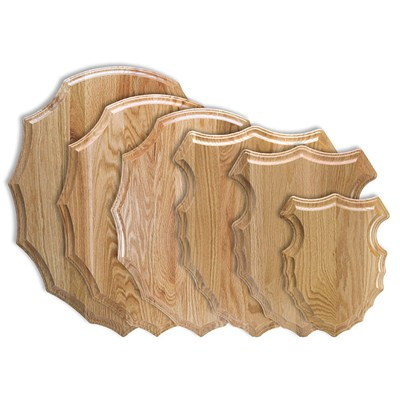 Solid oak, arrowhead-shaped plaque for taxidermy mounts.
